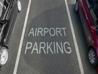 Parkbucht am Flughafen